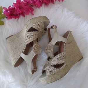 Lucky Brand Taupe Espadrilles Size 7.5